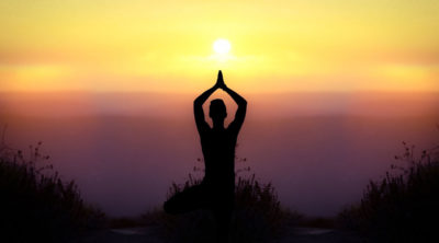 yoga e trekking in montagna sui lessini
